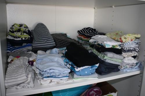 Vauvan vaatteita