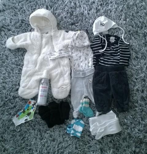 Vauvan kotiinlähtövaatteet