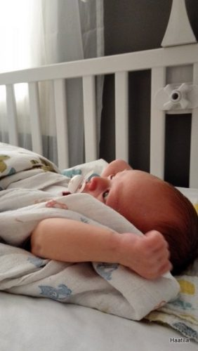 Vauva valveilla