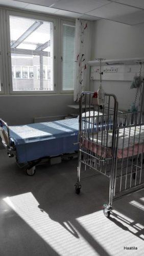 Sairaalan huone